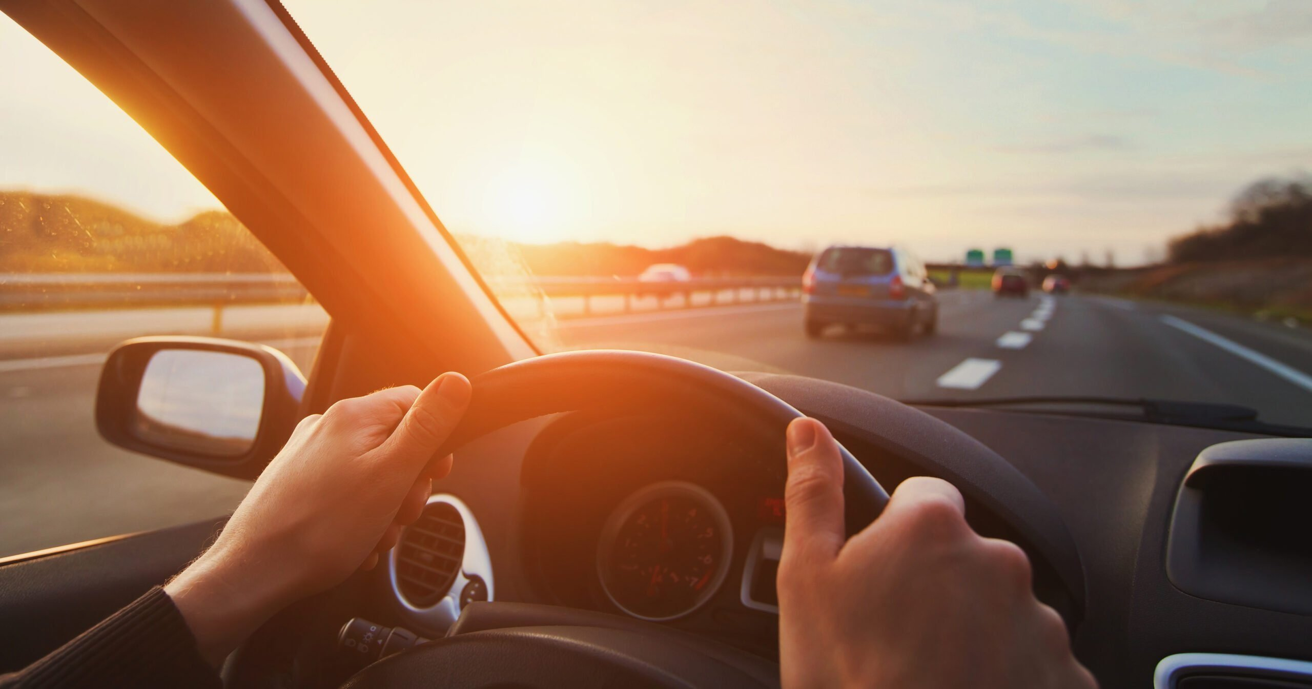Mains conducteur - voiture